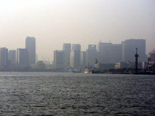 水上バスからみた東京都心