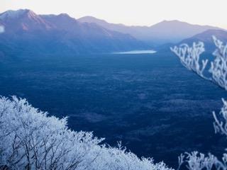 三ツ峠山と西湖